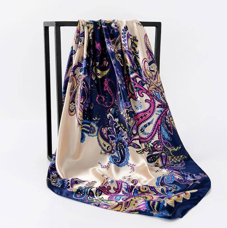 Fast shipping high quality cheap summer woman silk scarf bandanna printing Custom Printed Scarves