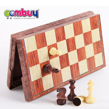 Wholesale play board game chessboard wooden chess sets