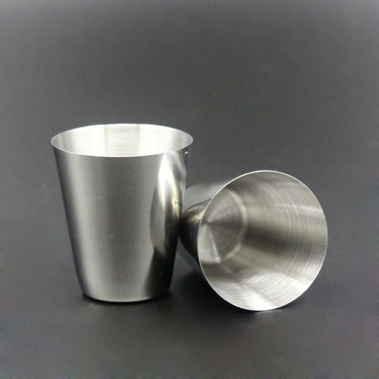 Hot Selling Stainless Steel Cups Multi-purpose 1 oz Pint Glasses Made from BPA Free Premium 18/8 Electro polished SS Metal Cup