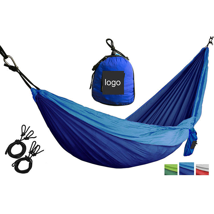 Carries underquilt for hammock