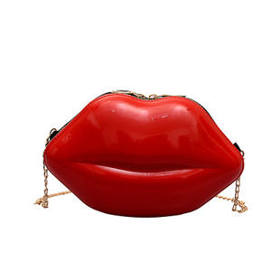 Lip shaped cosmetische tas