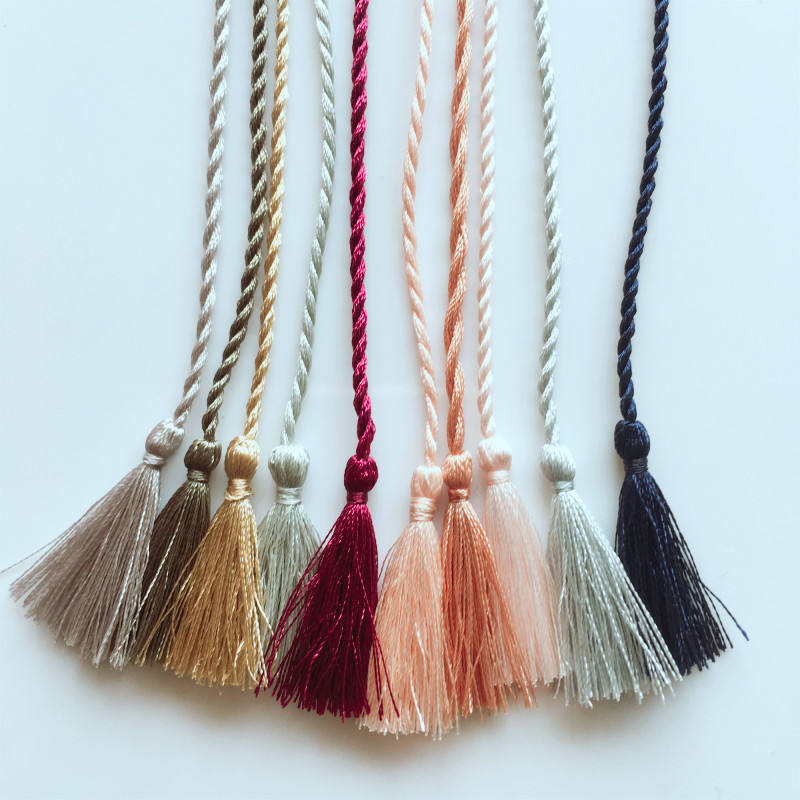 High Quality Colorful Design Shinny Polyester Rayon Nylon Tassel for Decoration and Home Accessories