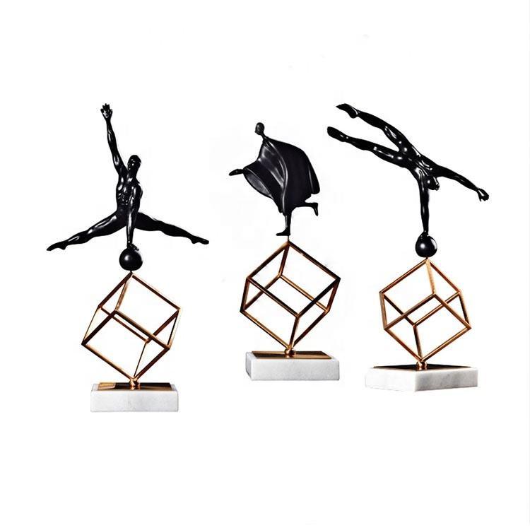 Metal Decoración para el Hogar Estatuas Músculo Adornos Masculinos Desnudo Deportivo Hombre Figura Decoración Escultura