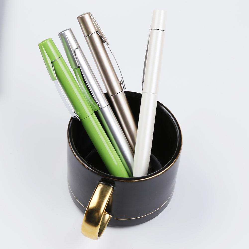 Usine directement lumière <span class=keywords><strong>stylo</strong></span> à bille en plastique promotionnel sans bavure ni à sauter
