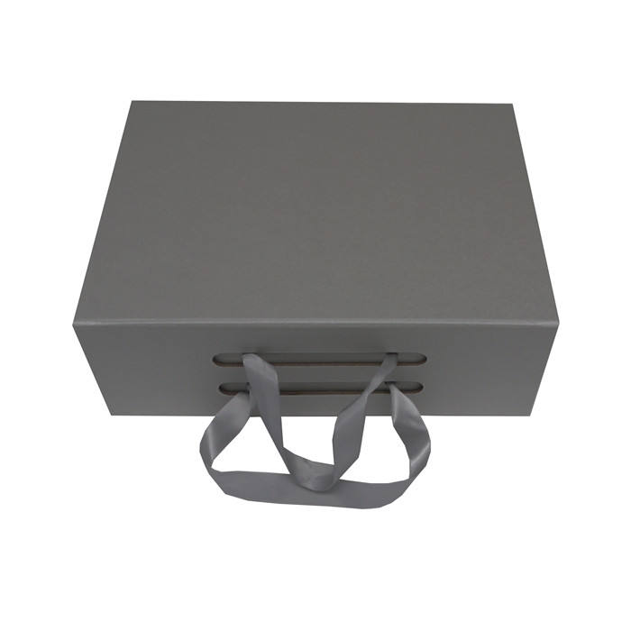 magnetic folding box with ribbon