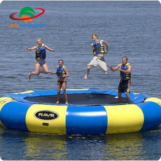 0.9mm PVC Tarpaulin Inflatable water trampoline inflatable water game Water jump toys
