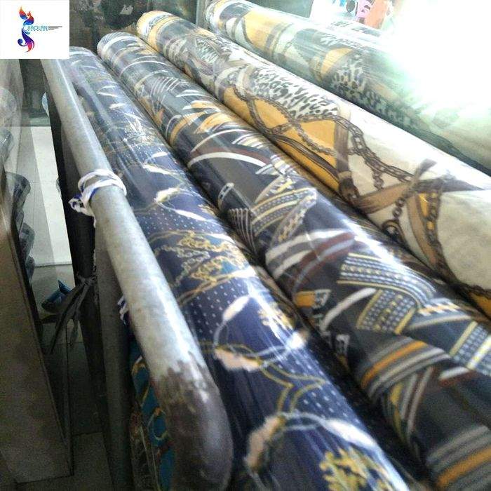 Fashionable cheap rayon print fabric stock lot in keqiao