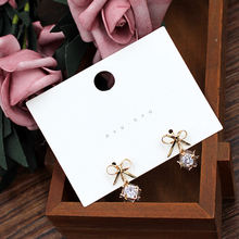 White Jewelry Package Accessories Display Paper Cards Woman Earring Card
