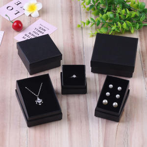 Custom Black Luxury Christmas Gift Paper Packaging Box Women Holiday Travel Gift Earrings Rings Set Jewelry Box