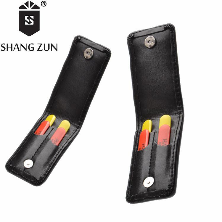 Fabricantes de plástico conjuntos de colarinho ficar colorido ABS estande colar com preto PU carteira de couro