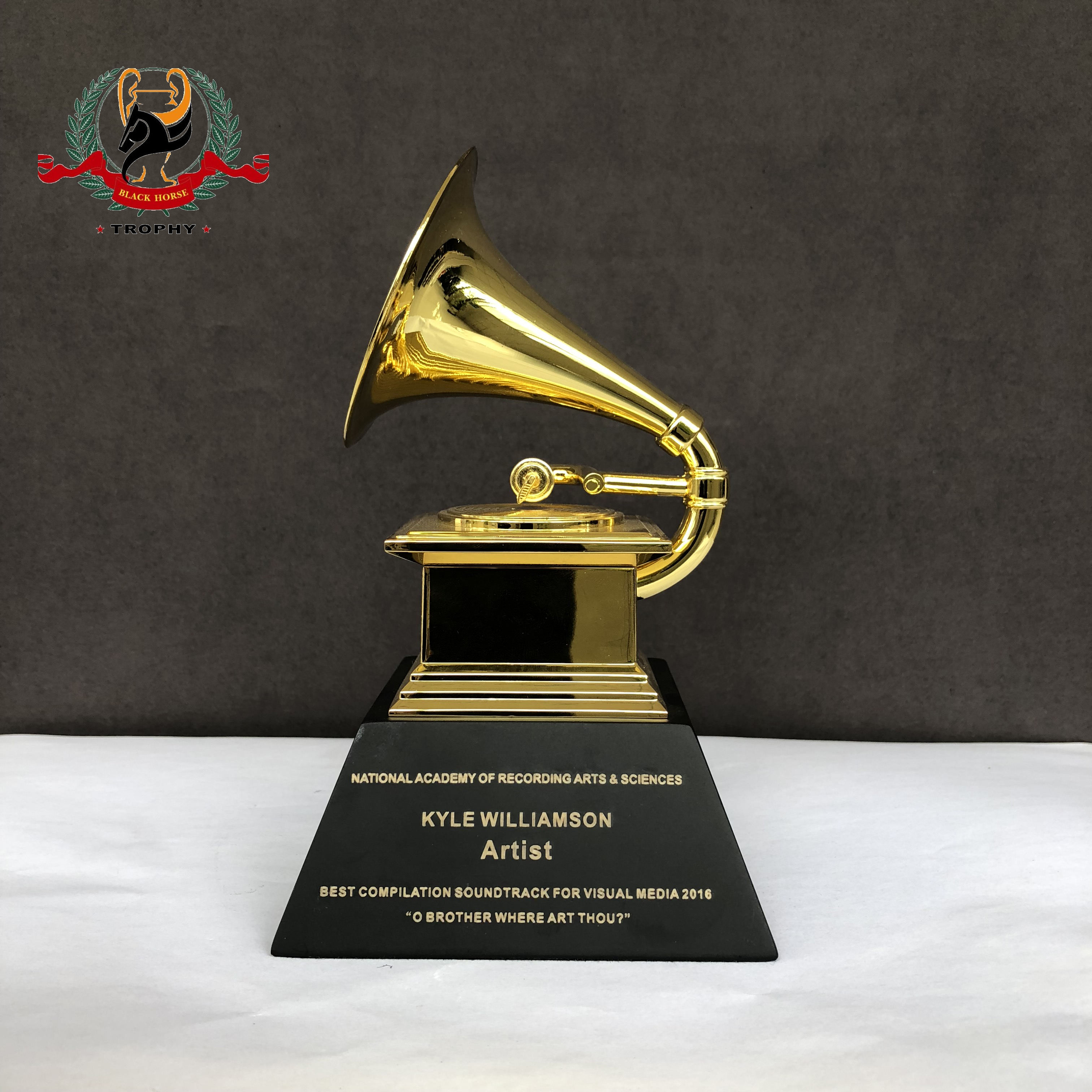 2019 Direct Order China Manufacturer High Quality Zinc Alloy Grammy Trophy Awards With Free Engraved Logo