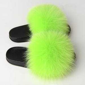 Fashionable Fluffy Fluorescent Fox Outdoor Feather Luxury Woman Slides Sandals Slippers With Fur