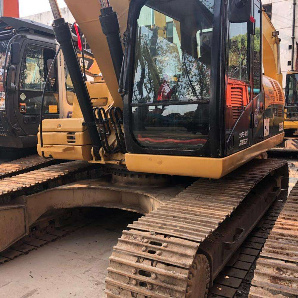 2016 year 2300 hour used Cat 323D excavator imported for Japan