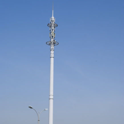 Anti-rust Painted Signal Telecommunication Antenna Mast with Hot Dip Galvanized Q235