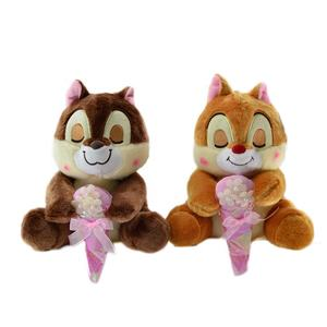 Battery operated talking knuffels eekhoorn