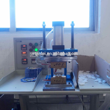 manual spout sealing machine