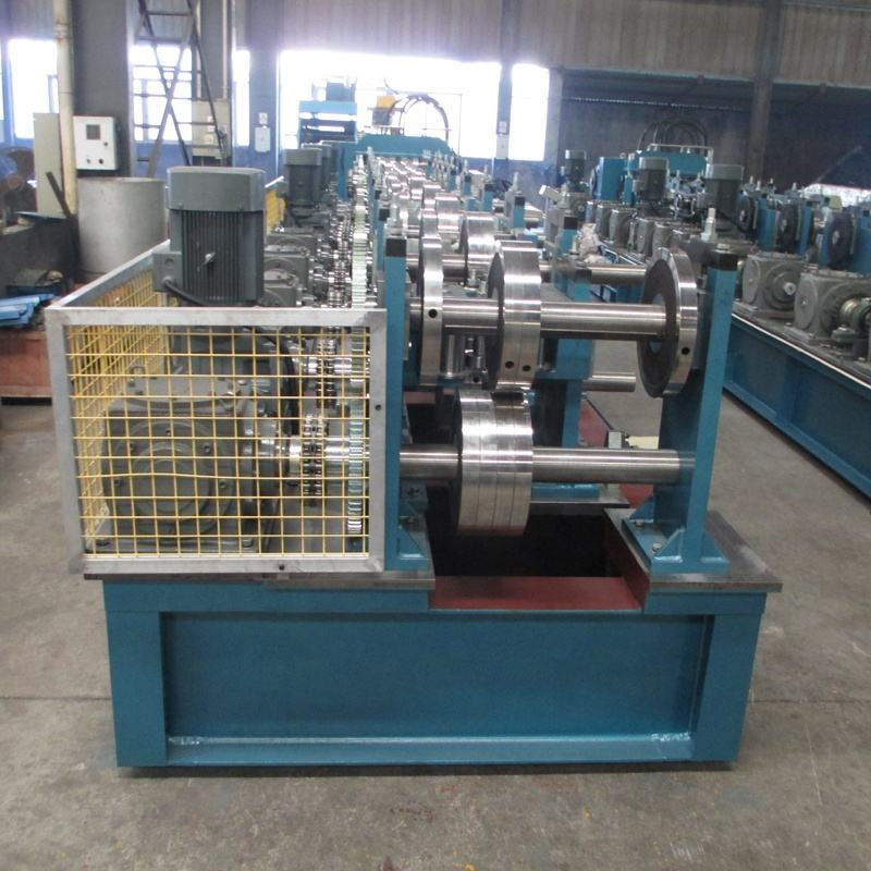 High Speed Hot Sale C Purlin Z Channel Section Sheet Steel Forming Machine