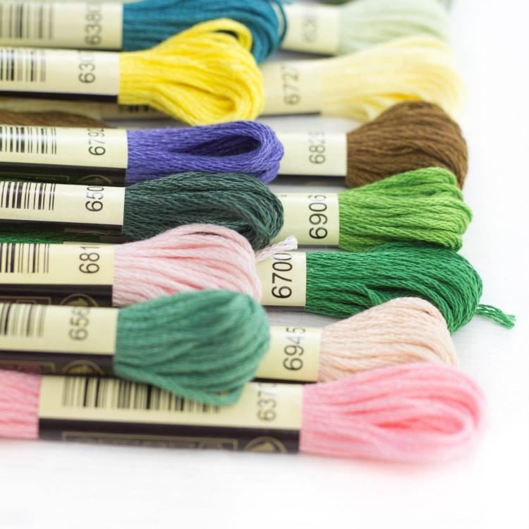 wholesale DMC colors 100% cotton embroidery thread for cross stitch