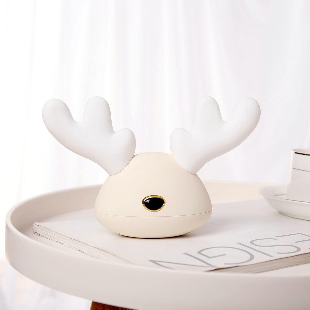 家の装飾鹿ランプ 1200 mah 7 色の変更夜ライト