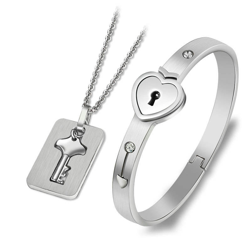 New A Set Stainless Steel Jewelry Heart Locks Key Couple Bracelet