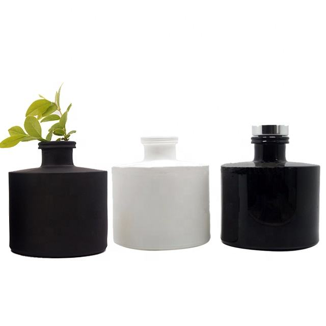 yayun hot sale classical black white reed diffuser glass bottle 100ml