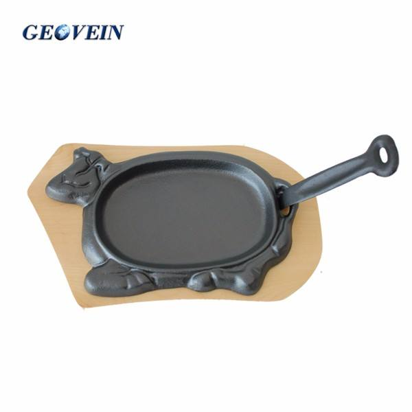 Cow shape cast iron steak plate/sizzler pan with handle