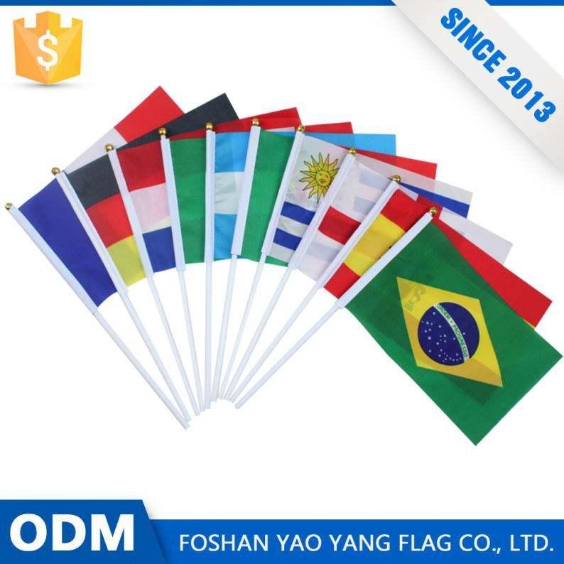 Producto Popular Precio Más Barato de Poliéster Personalizado Polo Bandera de La Mano