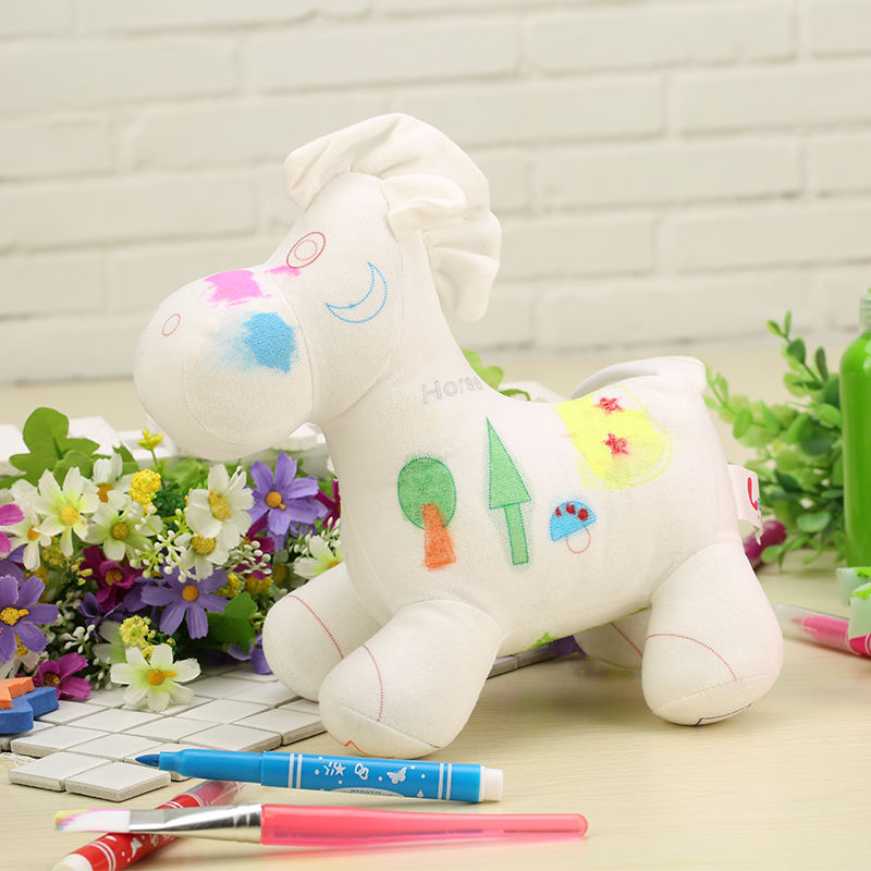 South Korea Horse doll graffiti toys for DIY painting graffiti toys and children pretend play toys