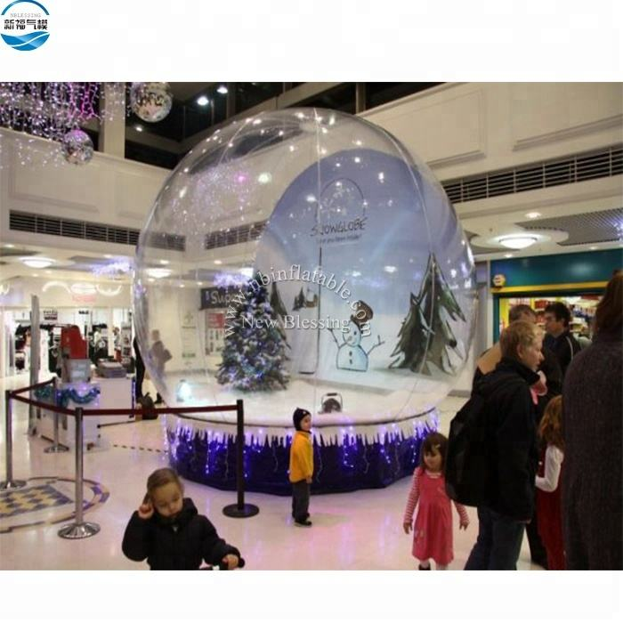 Factory high-quality customized christmas decoration giant inflatable snow globe photo booth 4mDia with blowing snow for sale