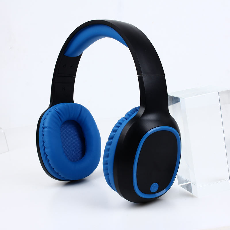 True Wireless Stereo Over Ear Bluetooth Headphone