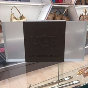 LG162A UGG boots lucite logo block with metal sign in Custom size DFDISPLAY