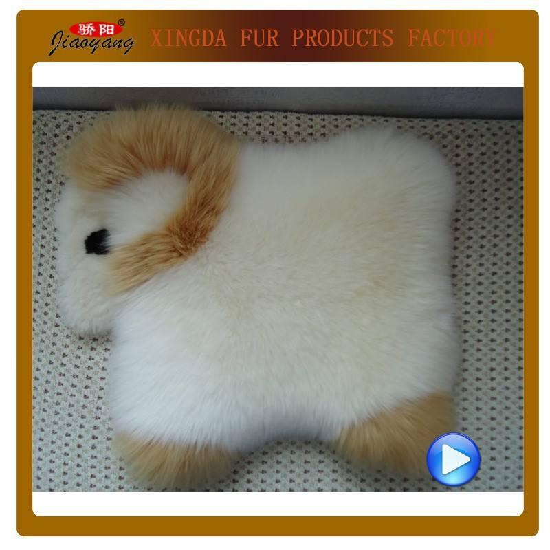 Ручное вязание! Животная форма подушки на сиденье из овчины