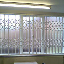 High Quality white aluminium Security Window with Grill