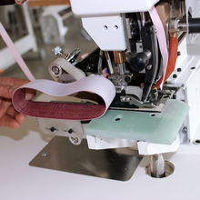Seamless folding machine belt