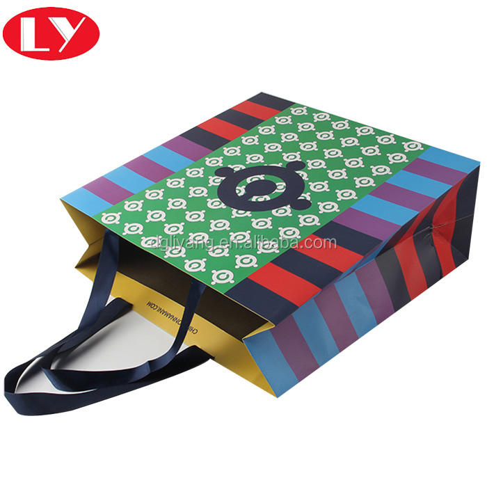 Custom Made Colorful Apparel Paper Presentation Bag