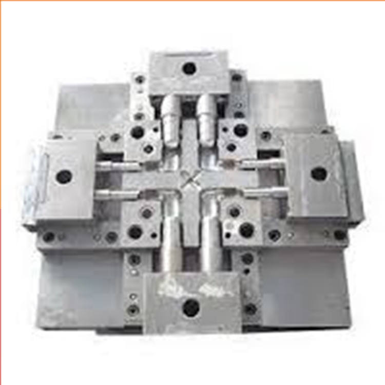 professional plastic injection mold maker / tool plastic injection molding for big mould / LKM mold base for auto molding