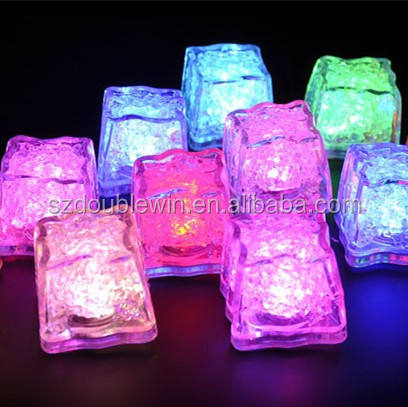 flashing ice cubes with led,led ice cubes,plastic reusable ice cubes