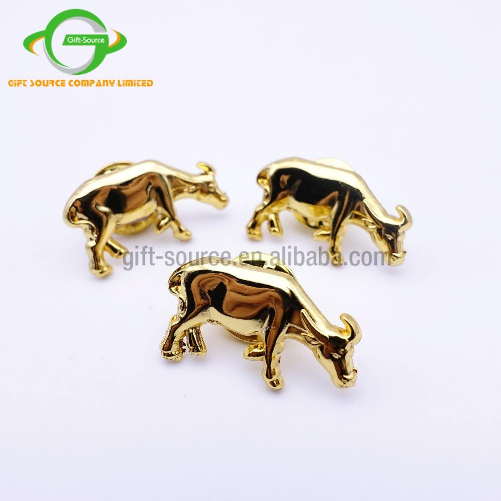 3D animale placcatura in oro <span class=keywords><strong>buffalo</strong></span> <span class=keywords><strong>metallo</strong></span> pins e charms