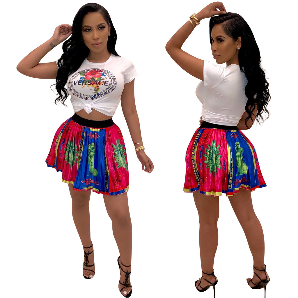 fashion T-shirt with pleated skirt women two piece skirt set