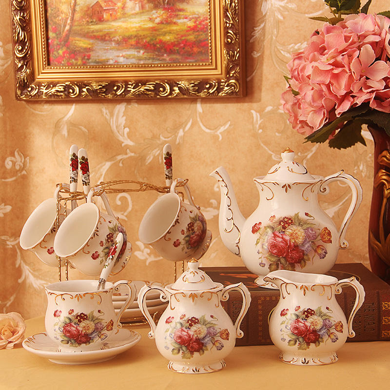 Wholesale China Ceramic Tea Pot Set New Design Coffee Cup and Saucer Set Luxury Porcelain Ware for Wedding