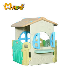 Customizable children's game house Garden game house with a fence