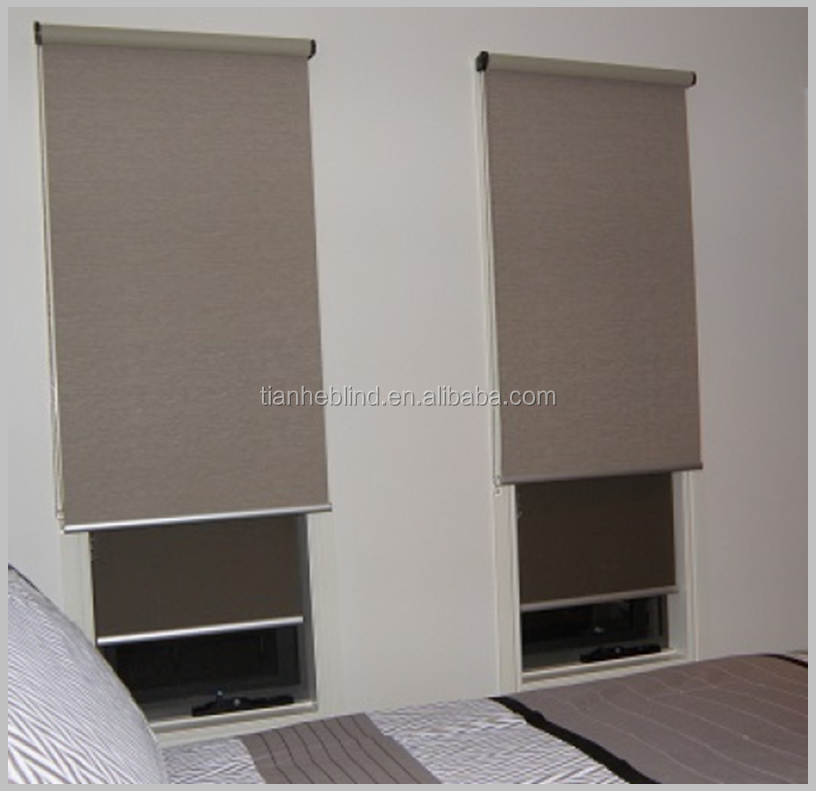 100% polyester Fire retardant sunscreen blackout printed fabrics for roller blinds shades