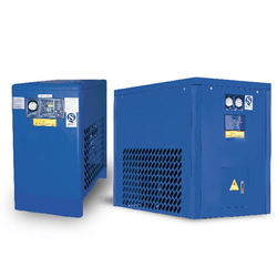 Refrigerated compressed air dryer for air separation plant
