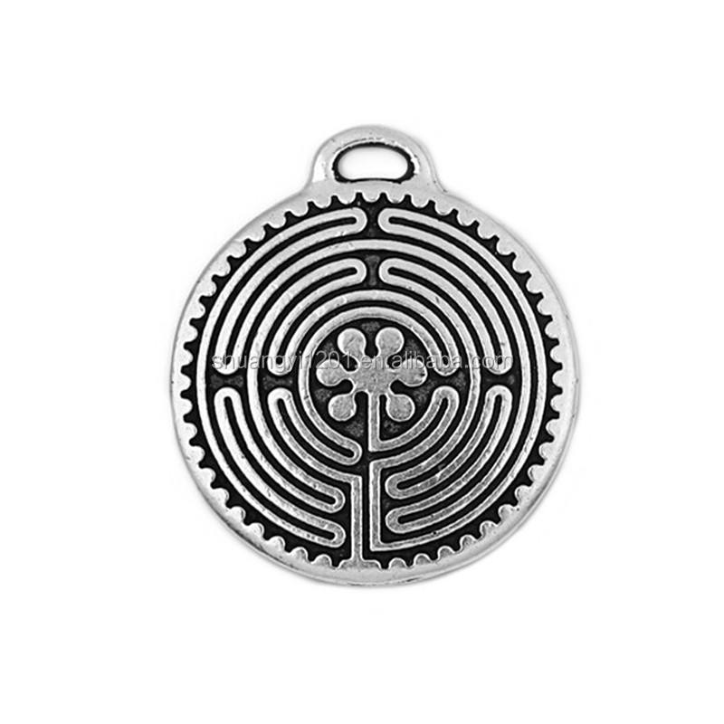 Wholesale antique silver plated large labyrinth pendant charms