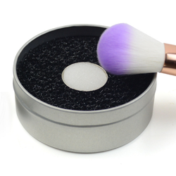 Hottest sale sponge make up brush cleaner with box