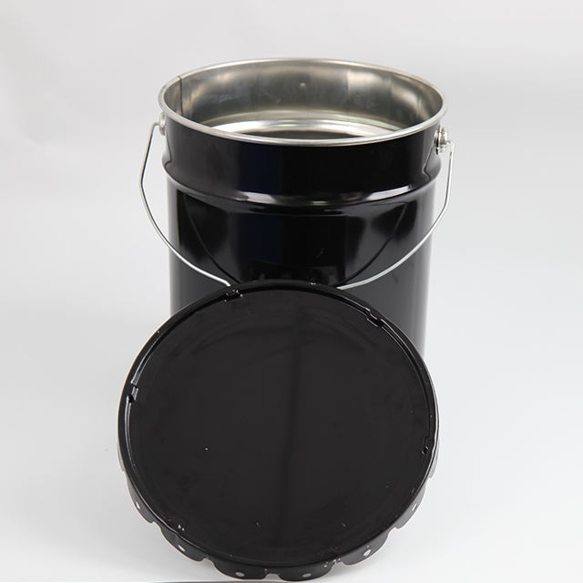 Black outside metal bucket with curly lug lid 18.9kg 5 gallon
