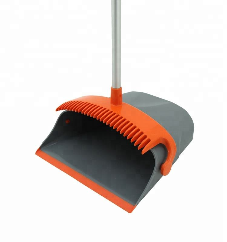 2019 wholesale plastic Cleaning Soft Hair Broom And Dustpan Set cleans combo with long handle