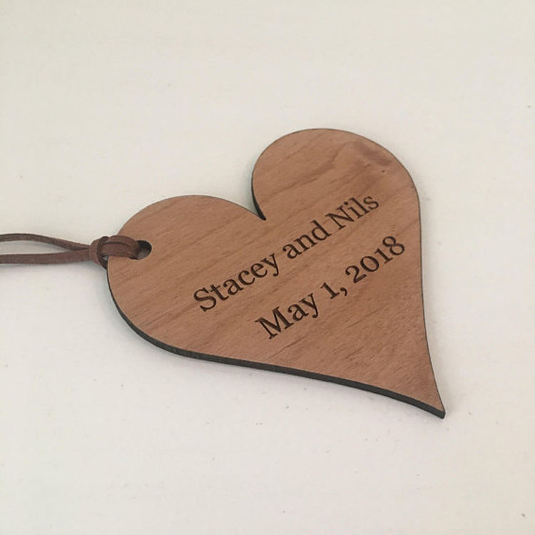 China manufacturer custom laser cut wooden heart shape hang tag for crafts