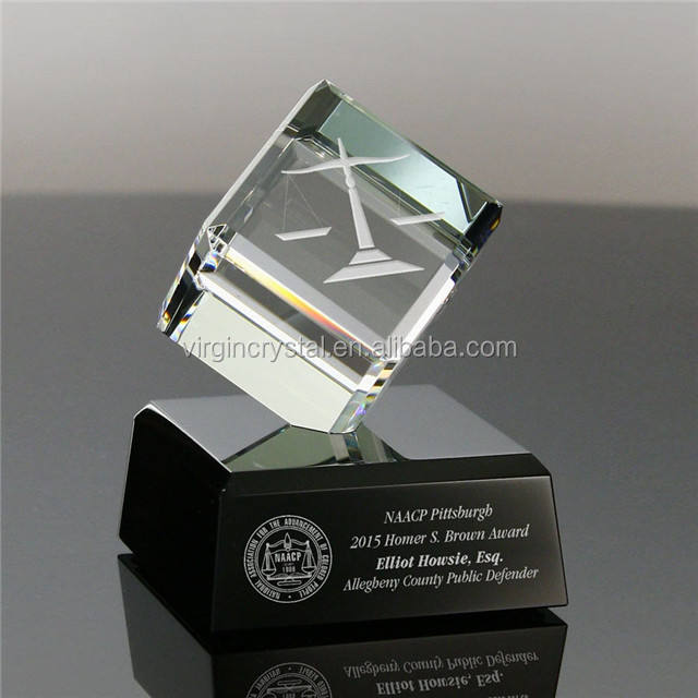 Nice personalized cube crystal trophy cristal awards for 3d laser engraving