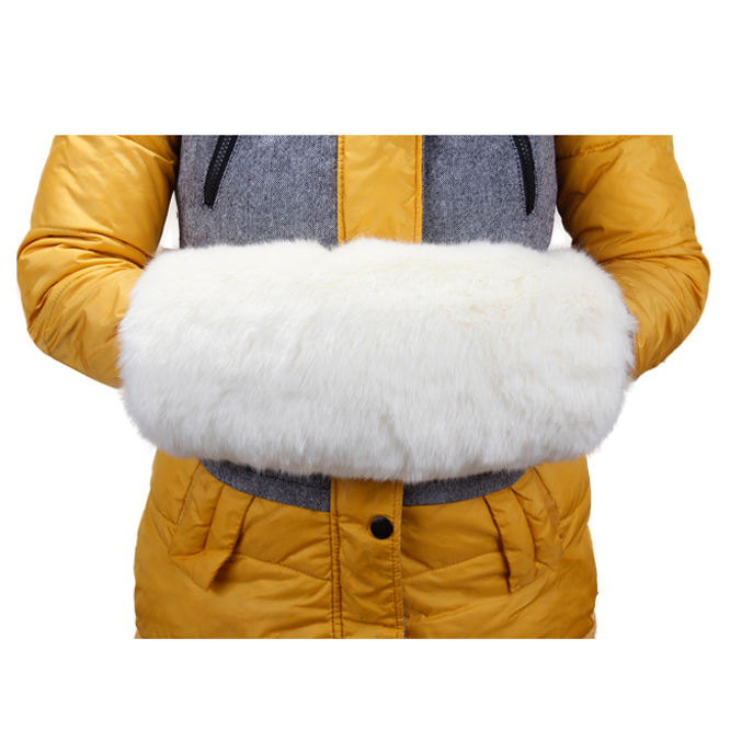 Factory Supply White Winter Wedding Warmer Heated Faux Fur Hand Muff